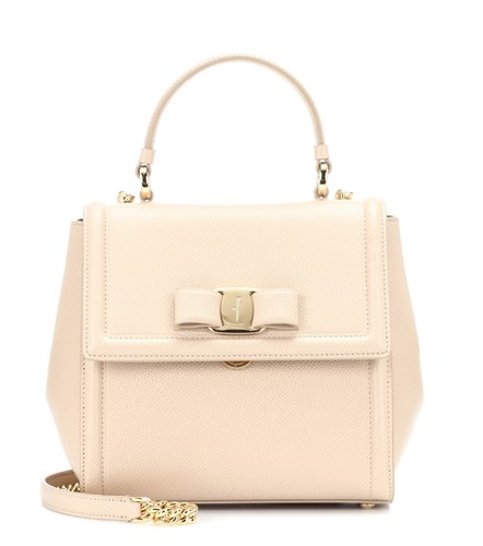 Salvatore Ferragamo Carrie Leather Shoulder Bag Neutrals rgMGenHv