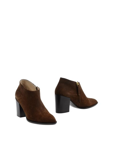 Tapeet Vicini Brown Dark Dark Booties Vicini Tapeet Booties 5vFwEq0F