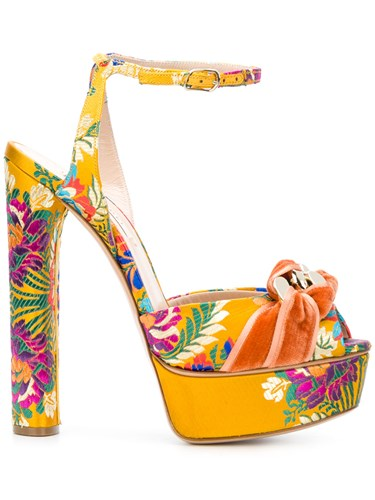 Embroidered Floral Casadei Casadei Multicolour Floral Embroidered Sandals Multicolour Sandals qpwAO