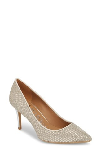 Calvin Klein 'S 'Gayle' Pointy Toe Pump Natural Silver Fabric Q0t83
