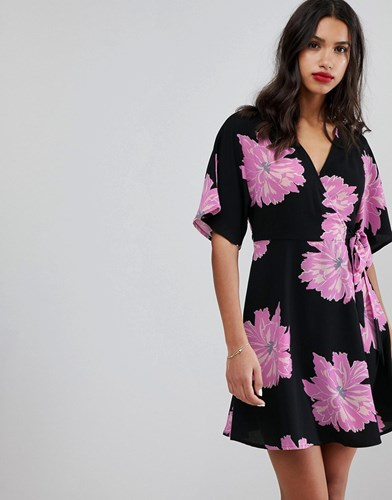 Vero Moda Oversized Floral Wrap Dress Black Aop Multi 79Kr2