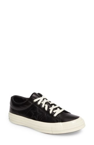 Converse Women's Chuck Taylor All Star One Star Low Top Sneaker Onyx Black ueOh59Pvr