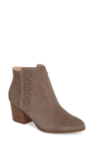 Sole Society Women's Gala Studded Embossed Bootie Mushroom Suede HbpcuBD4