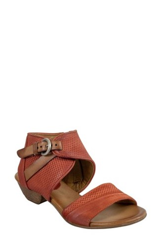 Miz Mooz Chatham Textured Sandal Rust Leather 2zghMEi9sp