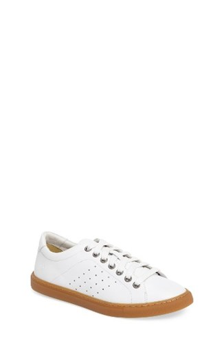 Treasure & Bond Women's Molo Perforated Sneaker White Leather yedtzg