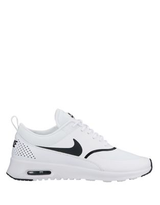 Nike Women's Air Max Lace Up Sneakers Black White 8Gkwq