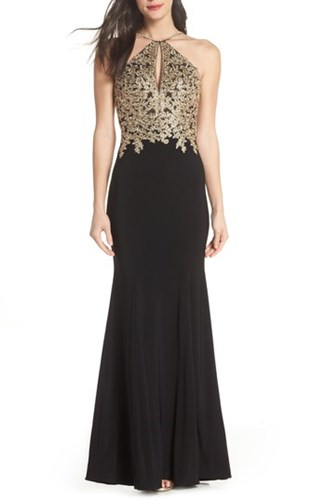 Xscape Evenings Gold Embroidery Halter Neck Gown Black Gold 2aWQSooX