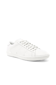 Saint Laurent Leather Low Top Sneakers In White HkaxtHy047