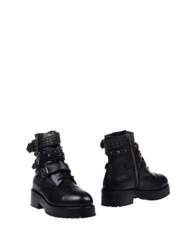 Mr Wolf Mr. Ankle Boots Black dwuofm