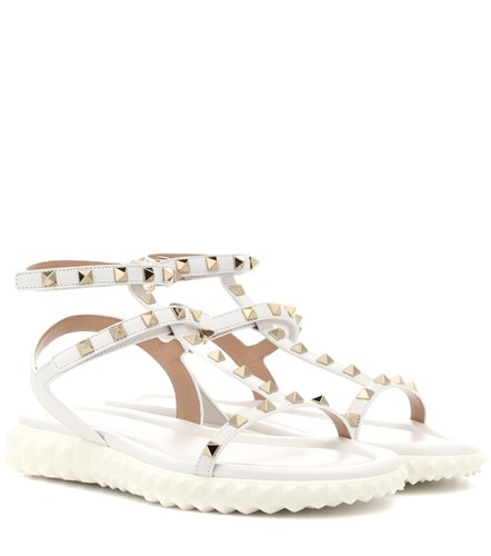 Valentino Garavani Free Rockstud Leather Sandals White fyXhQ