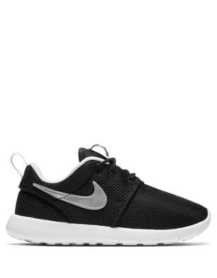 Nike Boys' Roshe One Shoe Black Silver wXD1a