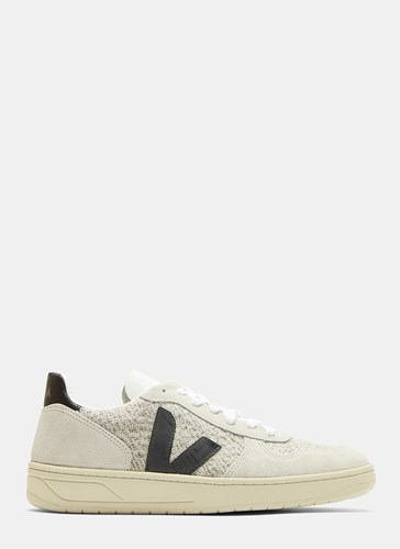 Veja V10 Flannel Panelled Suede Low Top Sneakers Grey DytEUN78