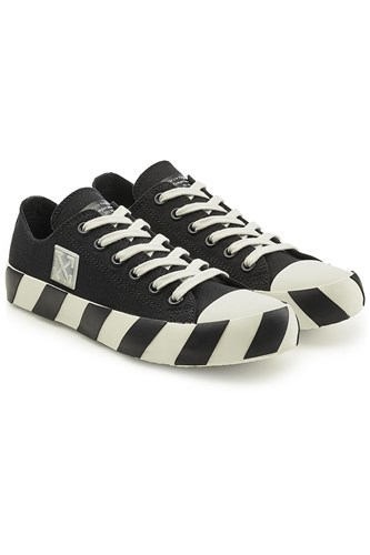 Off-White Low Top Sneakers Black xOYYlA