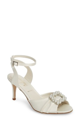 Something Bleu 'S Godiva Imitation Pearl Buckle Sandal Ivory Satin w6oao9