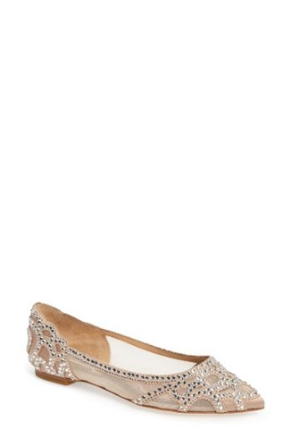 Badgley Mischka Women's 'Gigi' Crystal Pointy Toe Flat Latte Suede 15X3dP2D