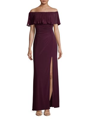 Xscape Evenings Pleated Off The Shoulder Gown Wine UFahWC