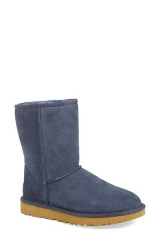 UGG Uggr Women's 'Classic Ii' Genuine Shearling Lined Short Boot Navy Suede 39vqY8Rj30