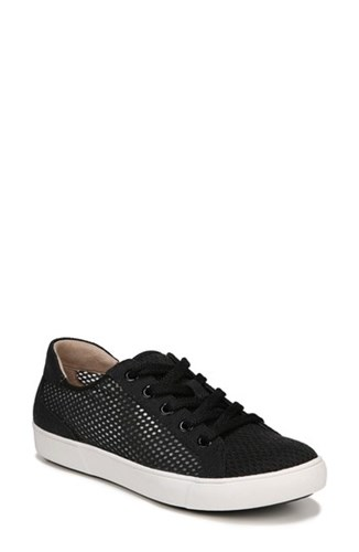 Naturalizer Morrison Iii Perforated Sneaker dzxM59