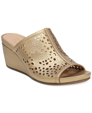 Naturalizer Charlotte Wedge Sandals Women's Shoes Bright Gold D57w5