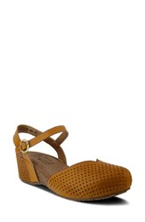 L'artiste Lizzie Perforated Wedge Sandal Natural Leather