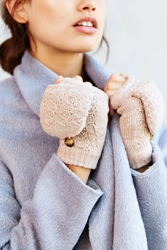 Urban Outfitters Plush Lined Convertible Glove Ivory