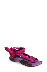 Speedo 'Aqua Zumba R Wraptastic' Sandal Women Purple