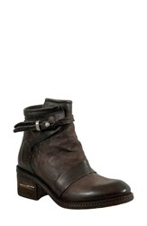 A.S.98 Yaron Bootie Brown