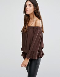 Minimum Off Shoulder Top With Frill Hem 130 Brown Wood Red