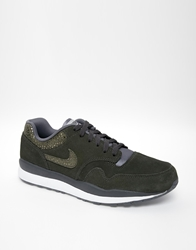 Nike Air Safari Trainers Green