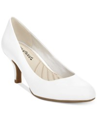 Easy Street Shoes Passion Pumps Women's White