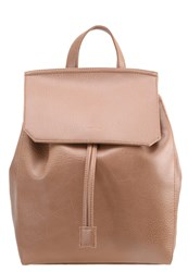 Matt And Nat Mumbai Rucksack Oak Cognac