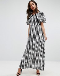 Liquorish Herringbone Print Maxi Dress Lace Details Front And Back Black And White