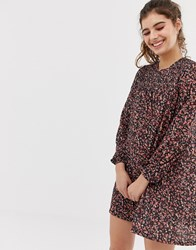 42d5db11 Pull And Bear Pullandbear Shirred Dress In Ditsy Floral Print Black