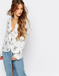 Honey Punch Boho Festival Blouse With Tie Front And Flared Sleeves In Floral Print Cream