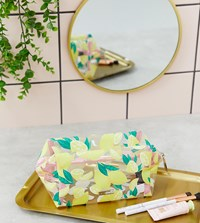 Skinnydip Life And Lemons Make Up Bag Yellow