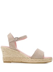 Pretty Ballerinas Deborah Wedge Sandals 60
