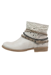 Mustang Cowboy Biker Boots Ice Off White
