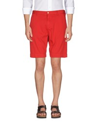 Perfection Bermudas Red