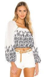 Tularosa Mae Top In White. White And Navy