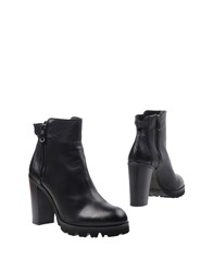 Keb Ankle Boots Black