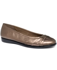 Easy Street Shoes Easy Street Giddy Flats Women's Shoes Bronze