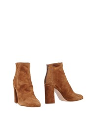 Anna F. Ankle Boots Brown