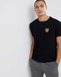 Kiomi T Shirt In Black With Embroidered Tiger Detail