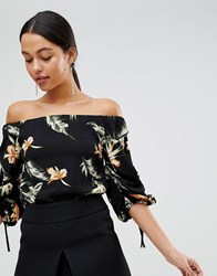 Ax Paris Ruched Sleeve Top In Palm Print Black