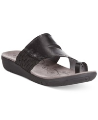 Bare Traps Junia Footbed Toe Thong Sandals Women's Shoes Black