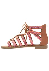 Refresh Sandals Camel
