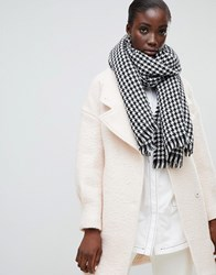 Selected Houndstooth Check Scarf Multi