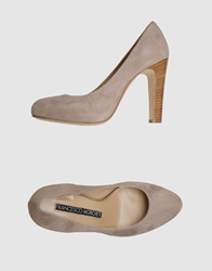 Francesco Morichetti Pumps