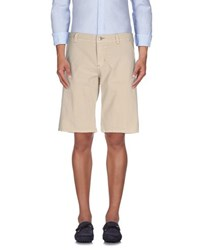 9.2 By Carlo Chionna Trousers Bermuda Shorts Men