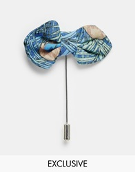 Designsix Peacock Bow Lapel Pin Blue